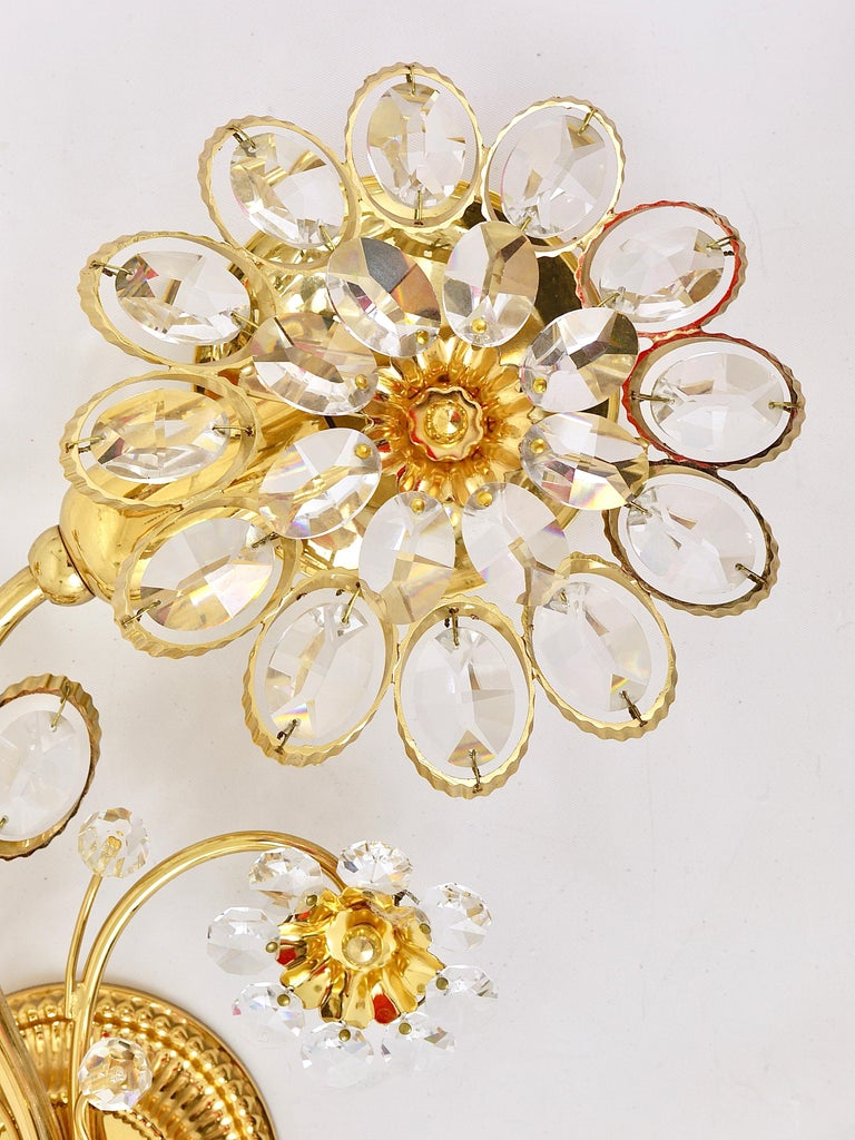 Faceted Pair of Palwa Gilt Brass Flower Wall Lights with Crystals, Germany, 1970s For Sale