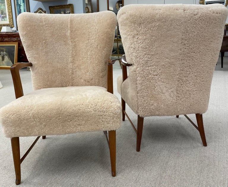 Pair of Paola Buffa Style Italian Lounge Chairs in Neutral Sheepskin In Good Condition For Sale In Stamford, CT