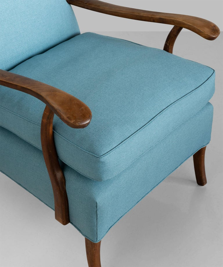 Carved Pair of Paolo Buffa Armchairs, Italy, circa 1950 For Sale
