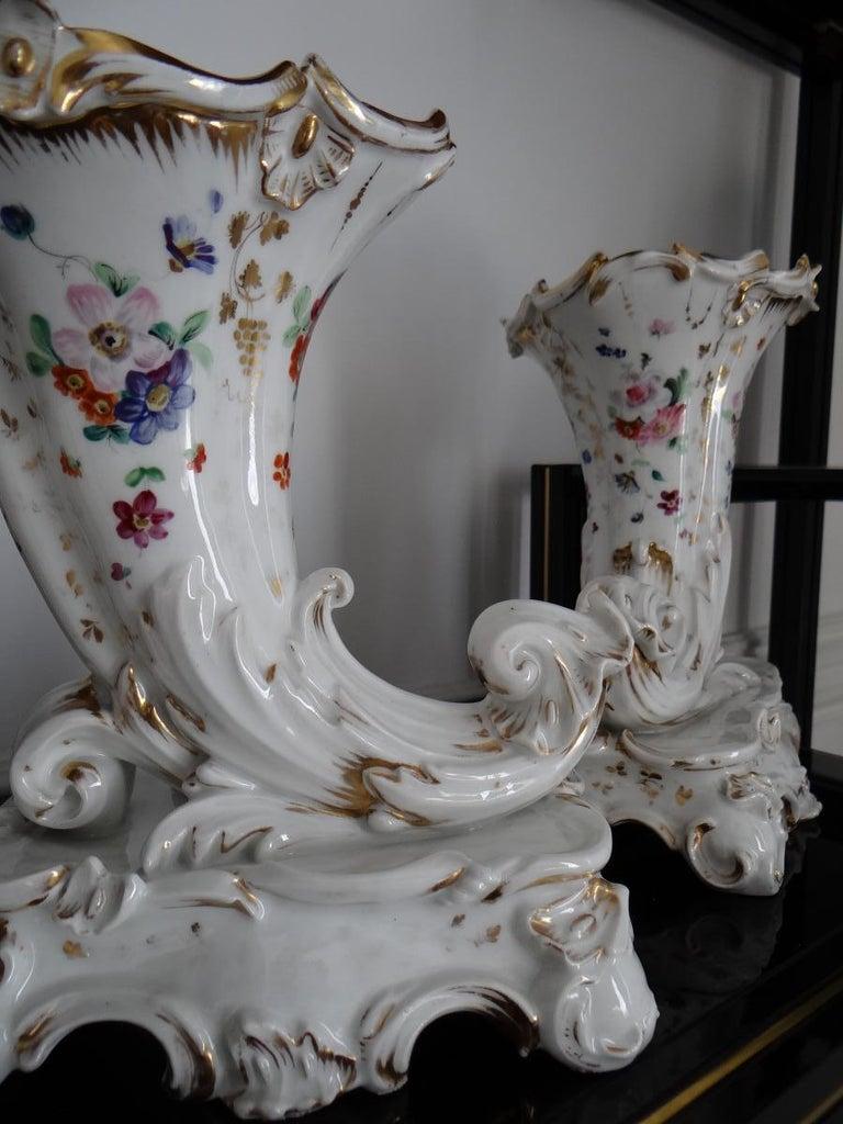 Louis XV Pair of Paris Porcelain Flowerbuds Horns of Plenty 1840s For Sale