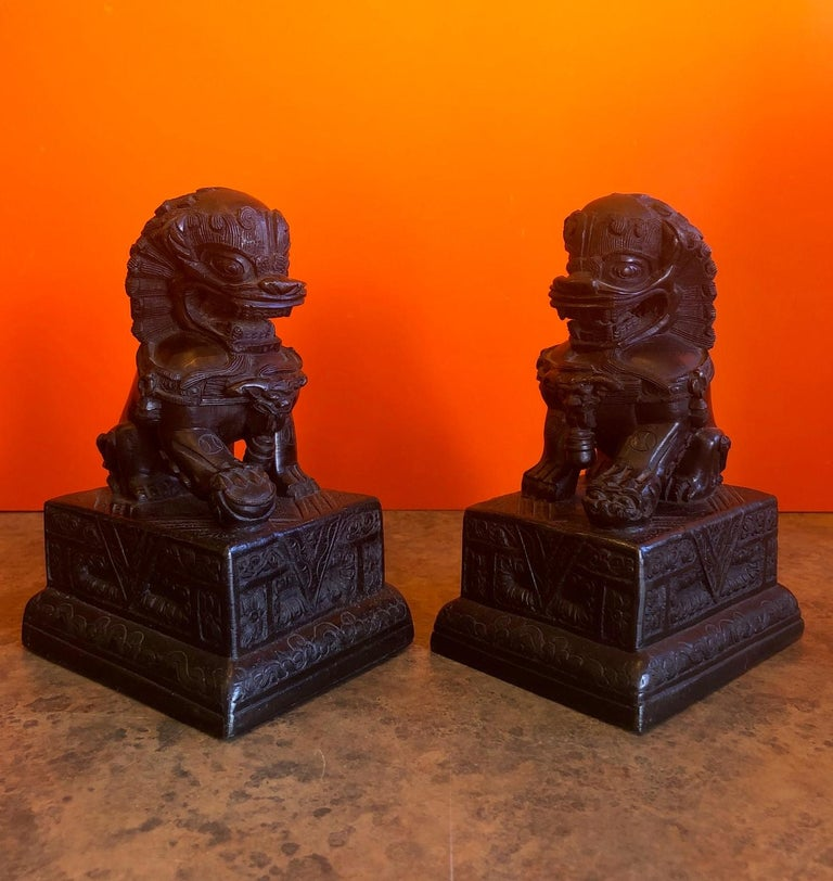 20th Century Pair of Patinated Bronze Chinese Foo Dogs / Book Ends For Sale