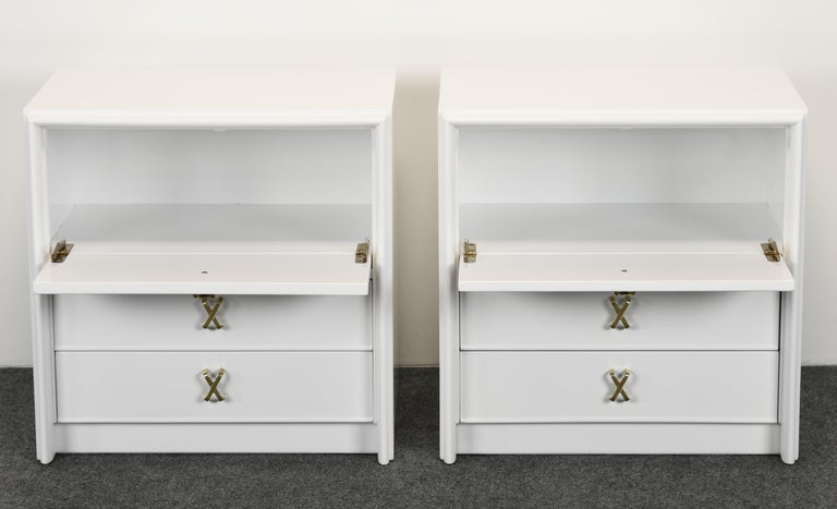 Mid-20th Century Pair of Paul Frankl Italian Lacquered Bedside Tables, 1940s For Sale