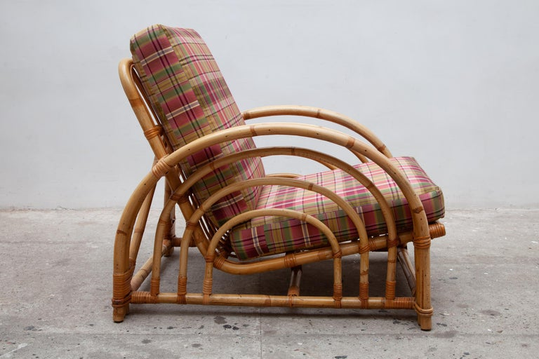 Hollywood Regency Pair of Paul Frankl Style Pretzel Bamboo Patio Lounge Chairs, Mid-Century Modern For Sale