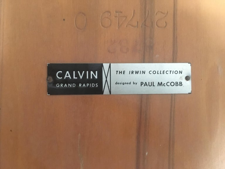 Walnut Pair of Paul McCobb End Tables For Sale