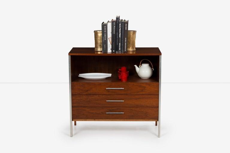 Mid-Century Modern Pair of Paul McCobb for Calvin Dressers For Sale