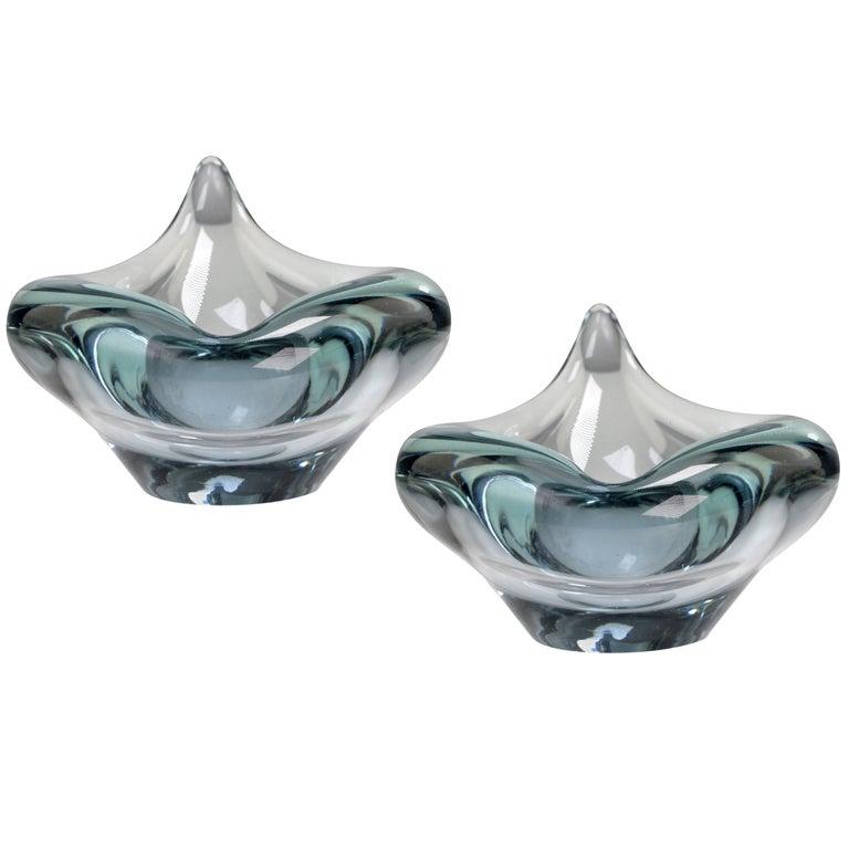Pair of Per Lutken for Holmegaard Modern Aqua Blue Flamingo Bowls, 1950s For Sale
