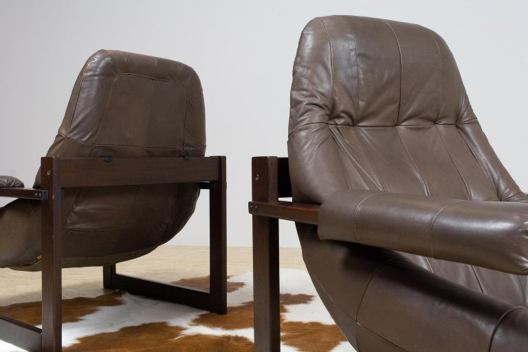 Pair of Percival Lafer Leather Lounge Chairs in Brown Brazilian Modern In Good Condition For Sale In Beek en Donk, NL