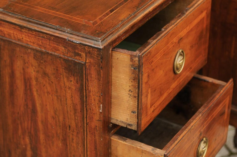 Pair of Petite Italian 1820s Walnut Two-Drawer Commodes with Crossbanded Inlay For Sale 2