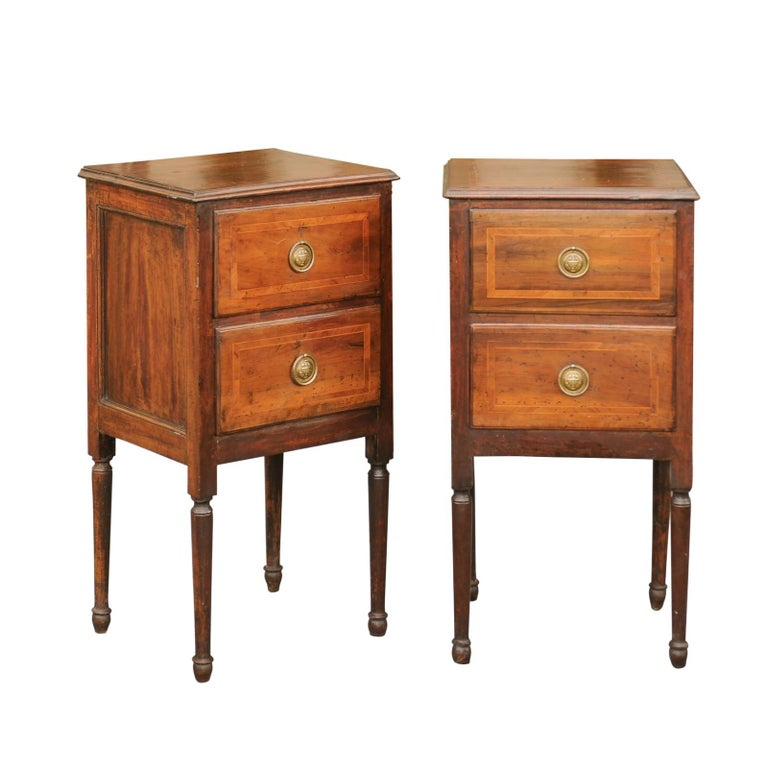 Pair of Petite Italian 1820s Walnut Two-Drawer Commodes with Crossbanded Inlay For Sale