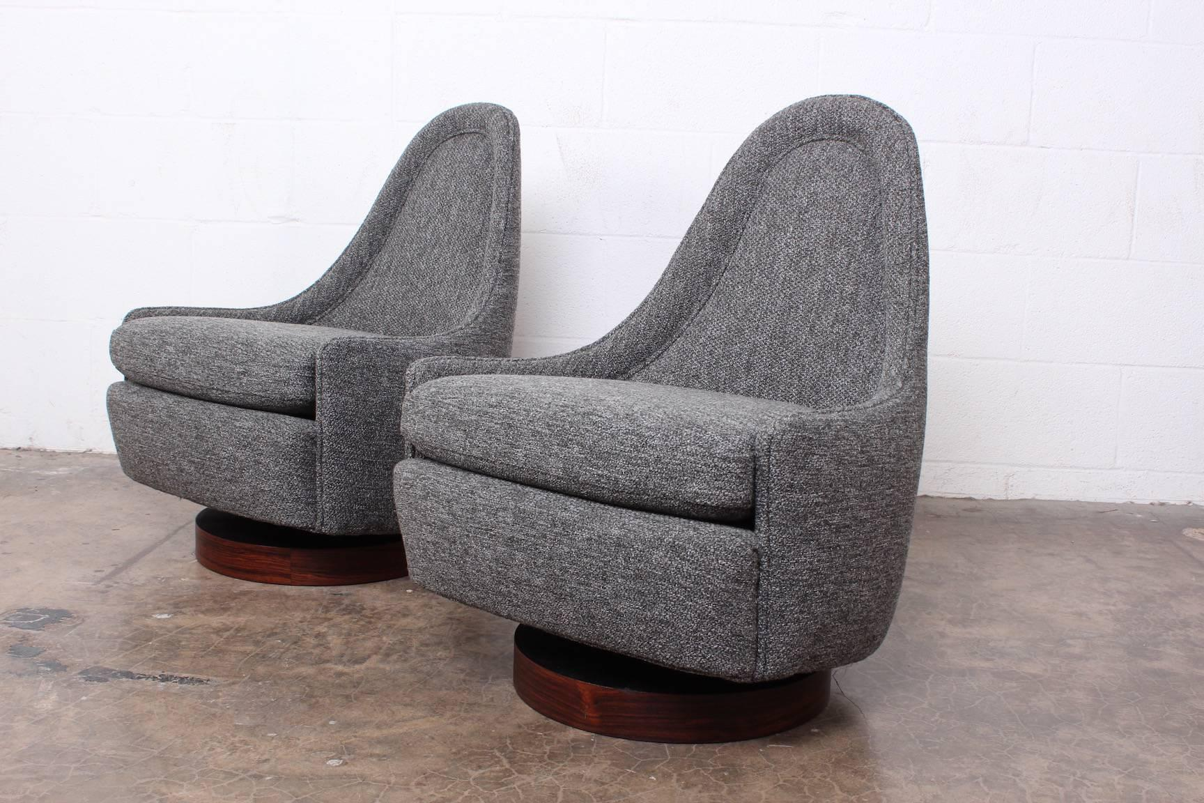 Pair Of Petite Rocking Swivel Chairs By Milo Baughman For Sale 5