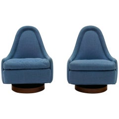 Pair of Petite Tilt Swivel Chairs by Milo Baughman for Thayer Coggin, Signed