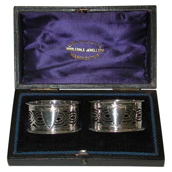 Pair of Pierced Silver Napkin Rings in Fitted Box, William Aitkin, 1903