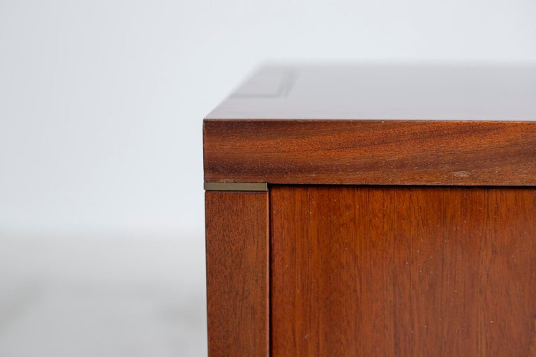 Pair of Pierre Balmain Original French Bedside Tables in Wood and Brass, 1980s For Sale 3