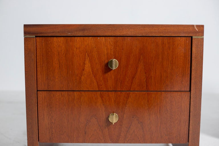 Pair of Pierre Balmain Original French Bedside Tables in Wood and Brass, 1980s For Sale 4