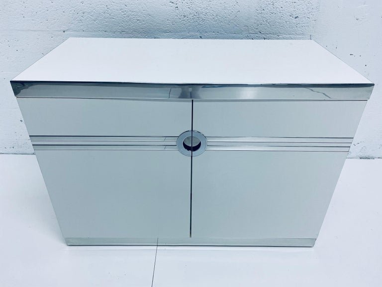 Pair of Pierre Cardin White and Chrome Nightstands or Dressers for Dillingham In Good Condition For Sale In Miami, FL
