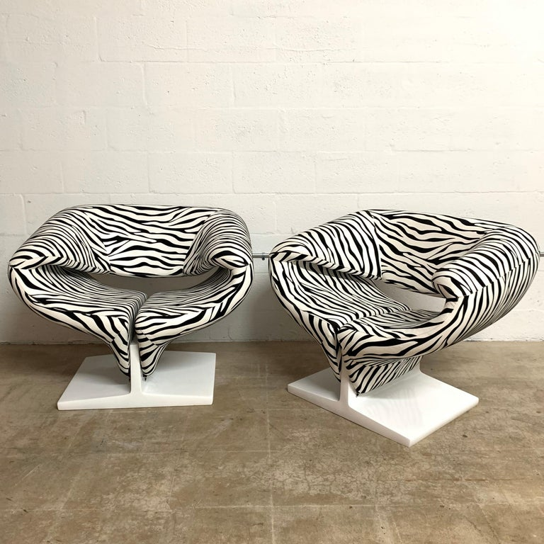 Set of two sculptural Ribbon chairs rendered in original Zebra stretch fabric with a white lacquered pressed wood base, designed by Pierre Paulin for Artifort, Netherlands, 1966