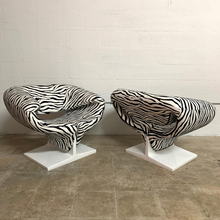 Lacquered Pair of Pierre Paulin