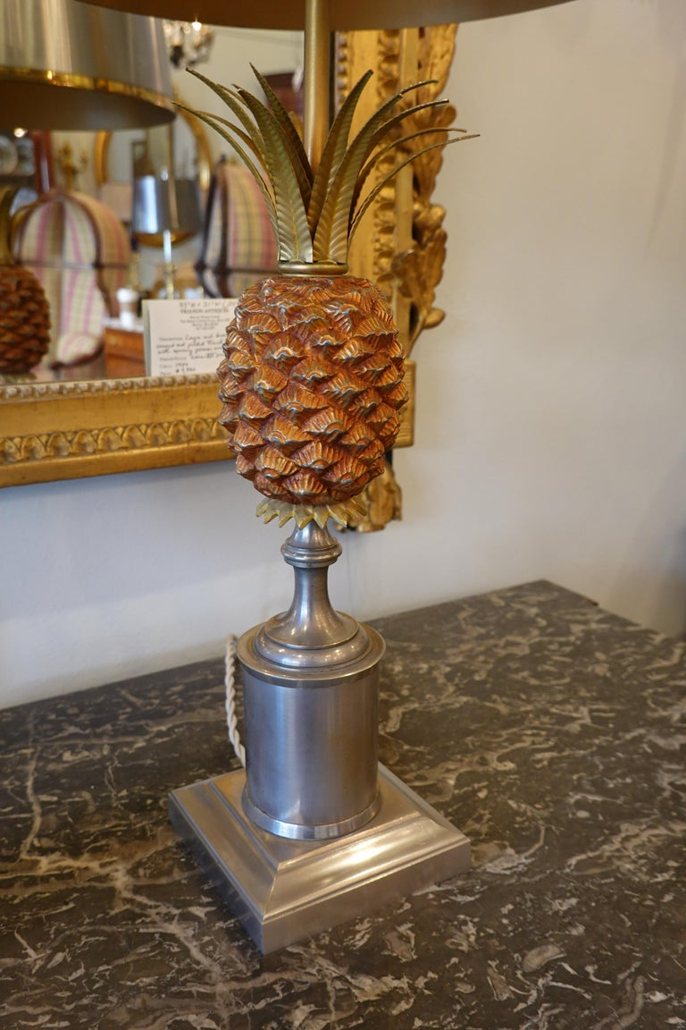 Pair of Pineapple Lamps with Metal Shades in the Style of Jansen or Charles For Sale 3