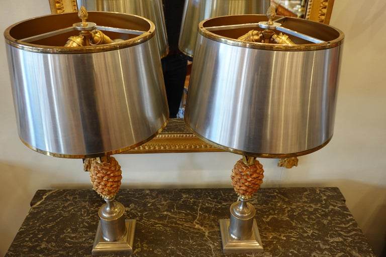 French Pair of Pineapple Lamps with Metal Shades in the Style of Jansen or Charles For Sale