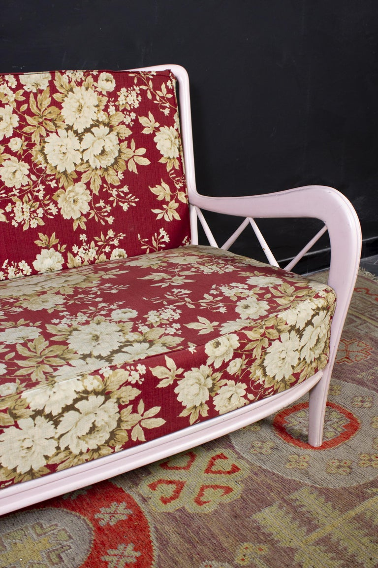 Mid-Century Modern Pair of Pink Italian Armchairs and Sofa Paolo Buffa Style, 1950s For Sale