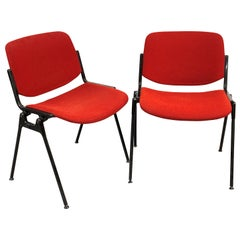 Pair of Piretti Red Fabric and Aluminium Italian DSC 106 Chairs, Castelli, 1960s