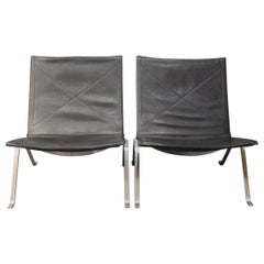 Pair of PK22 Chairs by Poul Kjærholm and Fritz Hansen, 1989