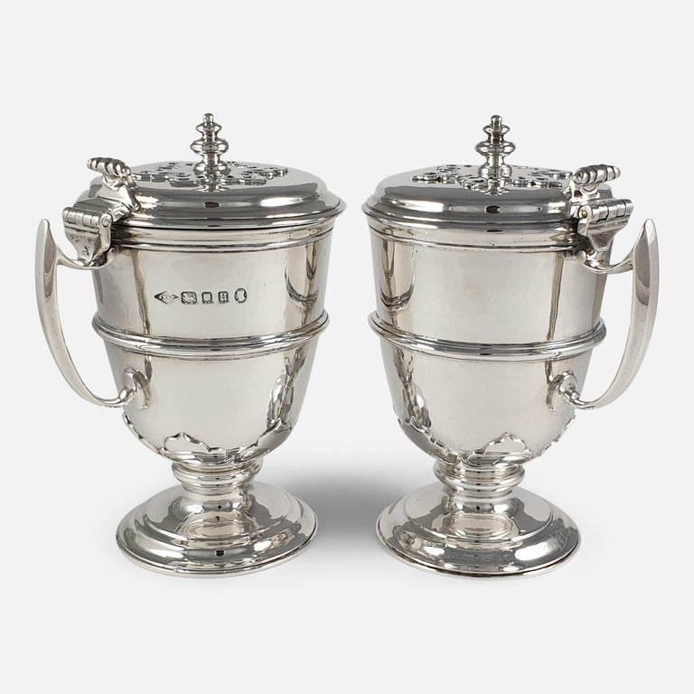 Pair of Planished Sterling Silver Jugs; Johnson, Walker and Tolhurst, 1935 In Good Condition For Sale In Glasgow, GB