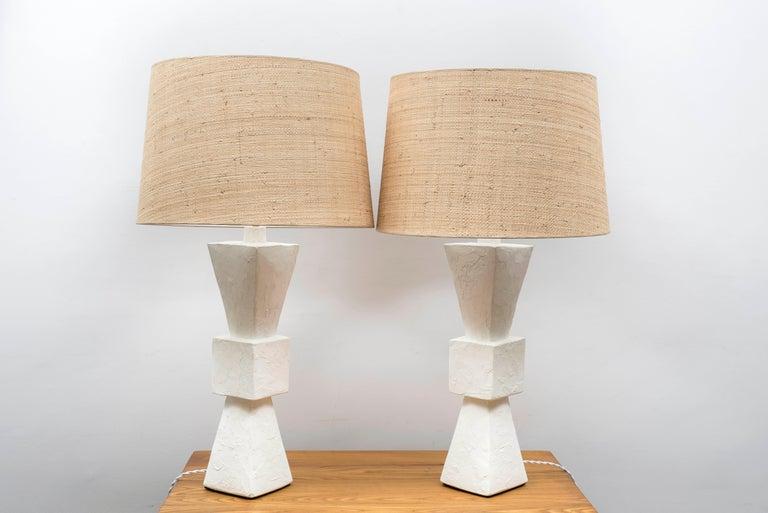 Pair of Plaster Lamps In Excellent Condition For Sale In Paris, Ile-de-France