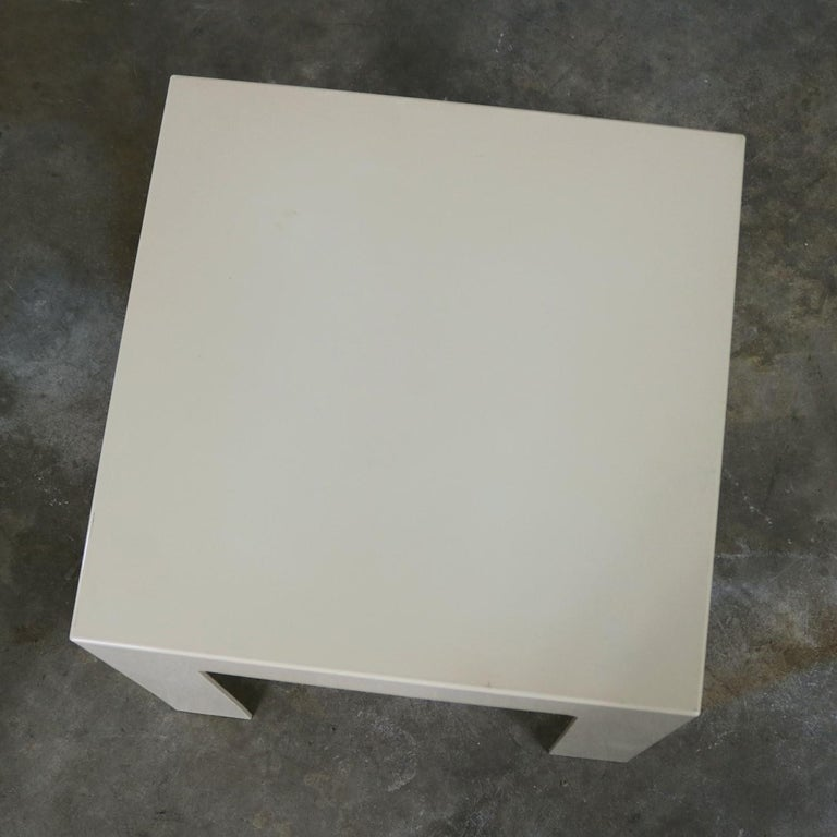 Pair of Plastic Parsons Side Tables White Style Kartell or Syroco, Midcentury For Sale 7