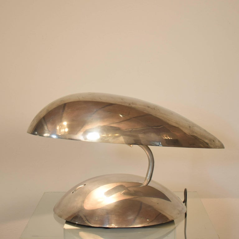 Pair of Polished Aluminium Space Age Table Lamps from the 1980s In Good Condition For Sale In Berlin, DE