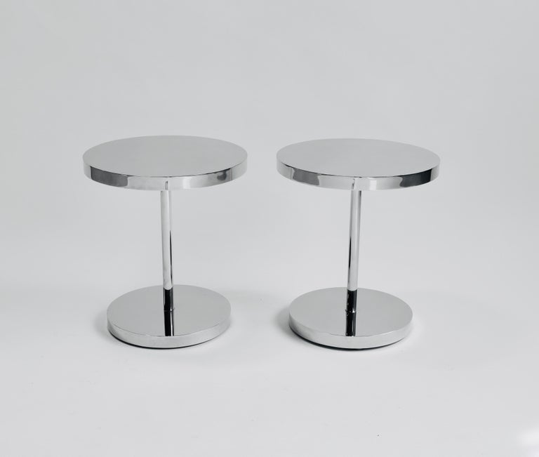 20th Century Pair of Polished Stainless Steel Side Tables For Sale