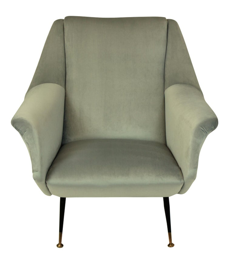 Mid-Century Modern Pair of Ponti Style Midcentury Armchairs For Sale