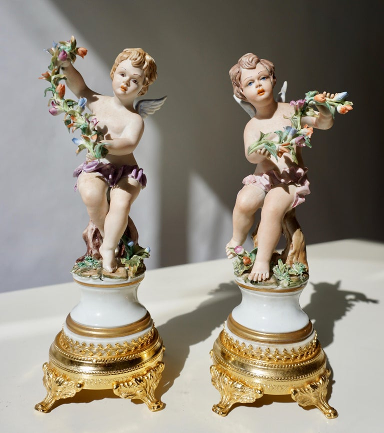Pair of Porcelain Capodimonte Cherubs 20th Century Polychrome Putti Figures For Sale 2