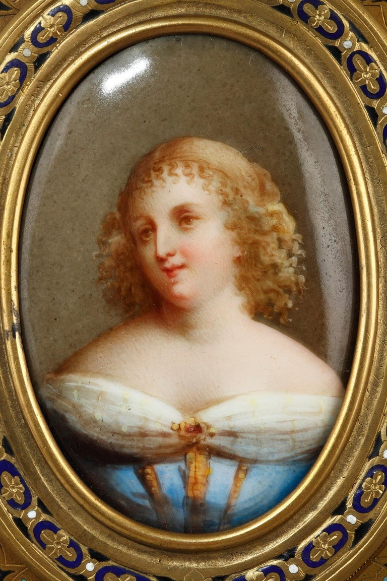 Pair of Porcelain Portrait, 19th Century Gilded Bronze Frame Signed A.Giroux For Sale 5