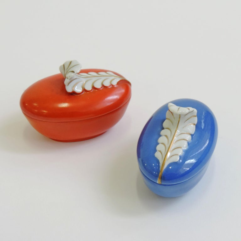 Art Deco Pair of Porcelain Wedding Favors by Richard Ginori or Doccia, Italy, 1940s For Sale