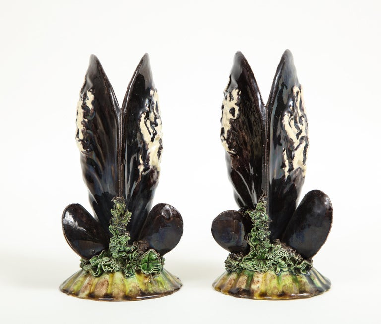 Pair of Portuguese Majolica Mussels Spill Vases In Good Condition For Sale In New York, NY