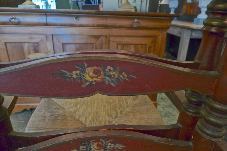 Pair of Portuguese Painted Ladder Back Armchairs with Rush Seat and Flower Motif For Sale 9