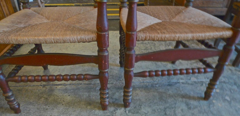 Pair of Portuguese Painted Ladder Back Armchairs with Rush Seat and Flower Motif For Sale 4
