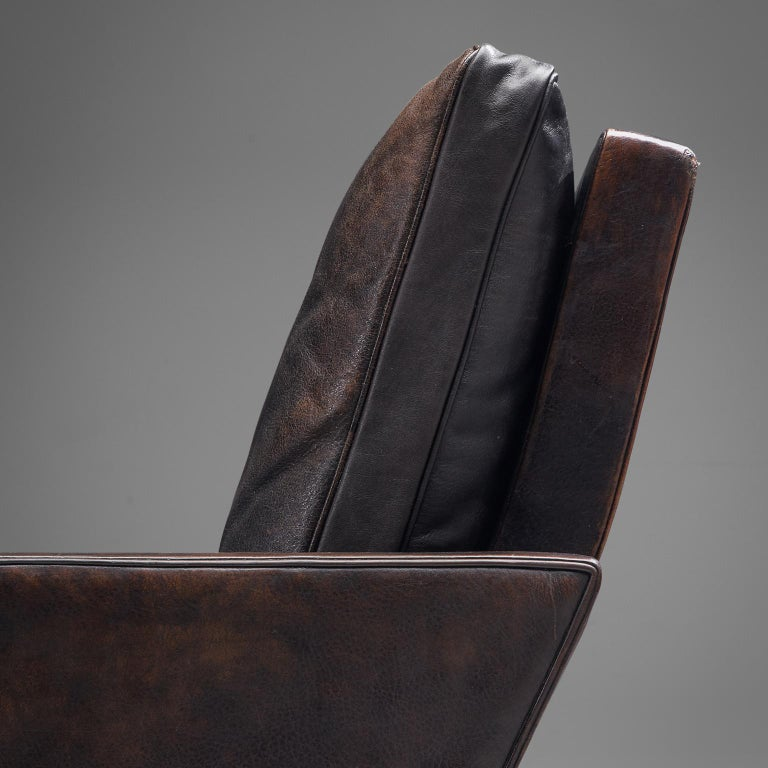 Pair of Poul Kjaerholm 'PK31-1' Lounge Chairs in Original Black Leather For Sale 1
