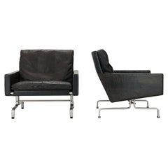 Pair of Poul Kjærholm PK31 Lounge Chairs, 1st Series by Ejvind Kold Christensen