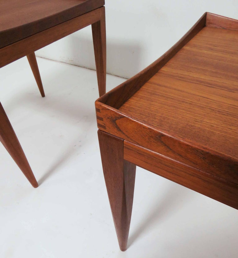 Poul M. Jessen Danish Teak End Tables with Removable Tray Tops circa 1960s, Pair For Sale 7