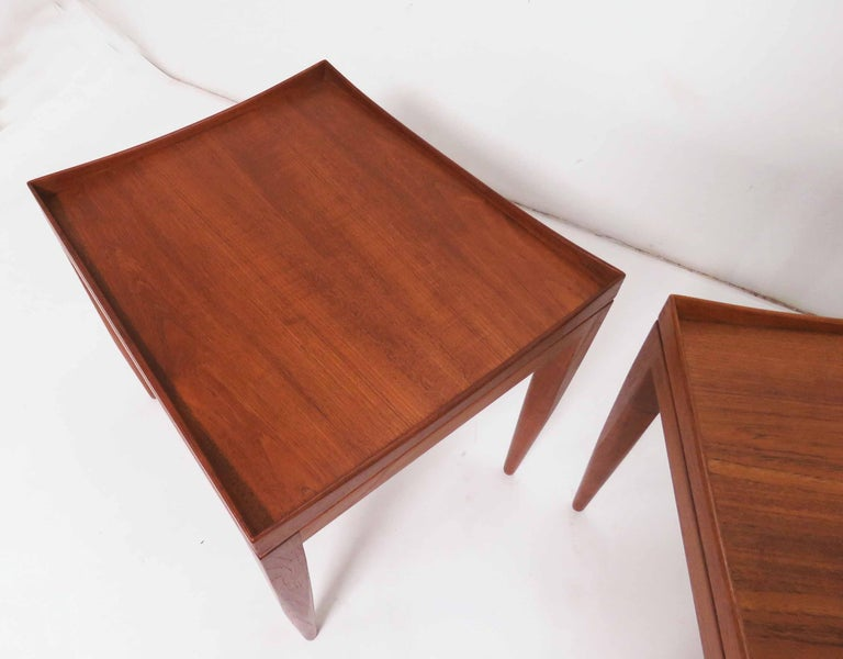 Scandinavian Modern Poul M. Jessen Danish Teak End Tables with Removable Tray Tops circa 1960s, Pair For Sale