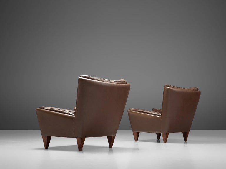 Danish Pair of 'Pyramid' Chairs in Leather by Illum Wikkelsø For Sale