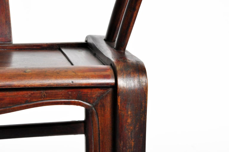 Pair of Qing Dynasty Horseshoe-Back Chairs For Sale 4