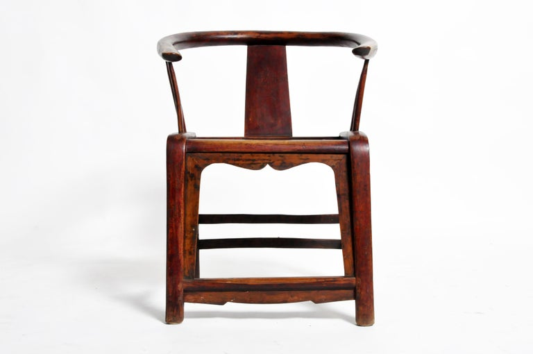 Pair of Qing Dynasty Horseshoe-Back Chairs For Sale 7