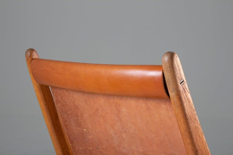 20th Century Pair of Rare Hunting Chairs 204 by Uno & Östen Kristiansson for Luxus, Sweden For Sale