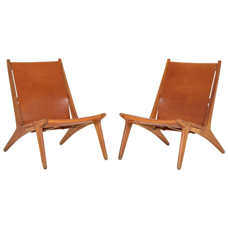 Pair of Rare Hunting Chairs 204 by Uno & Östen Kristiansson for Luxus, Sweden For Sale