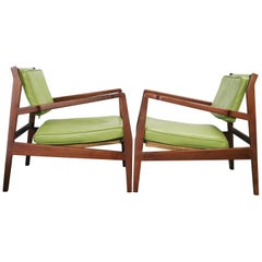 Pair of Rare Midcentury Jens Risom U 460 Low Lounge Chairs Green Leather