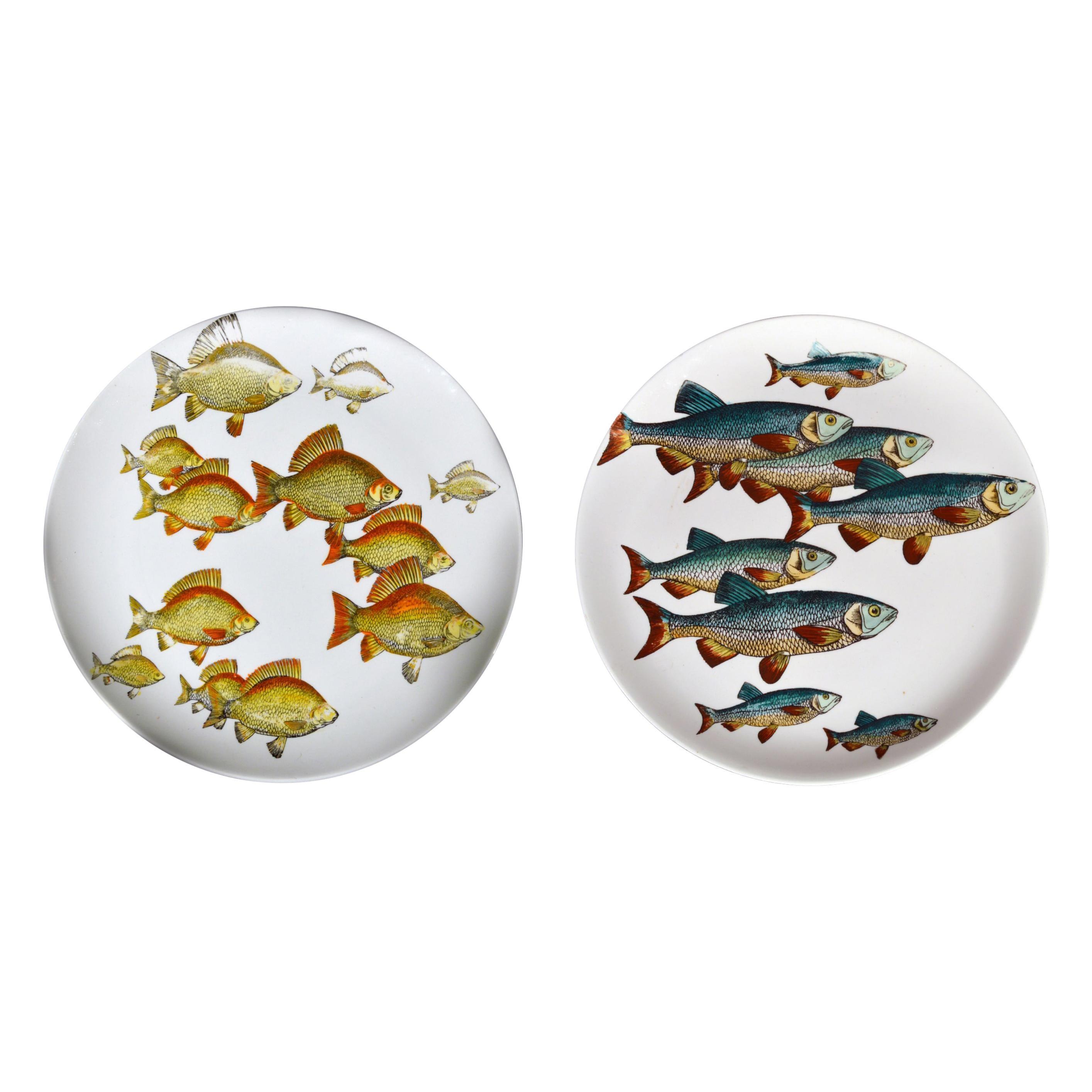 Pair of Rare Piero Fornasetti Fish Plates, Pesci pattern or Passage of Fish