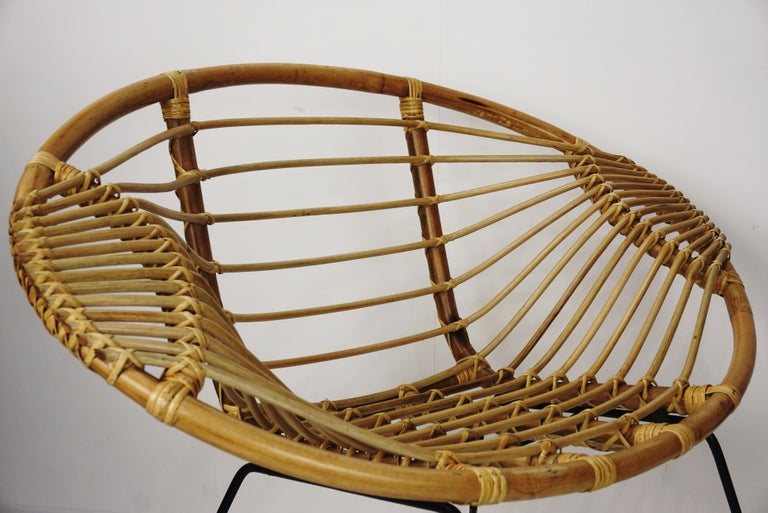 Metal Pair of Rattan Lounge Armchairs For Sale